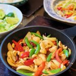 Thai stir-fried chicken with cashew nuts